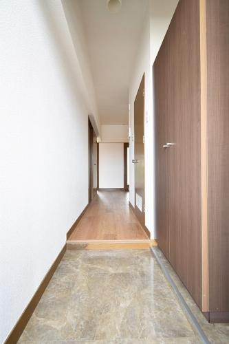 紙屋ビル / 306号室玄関