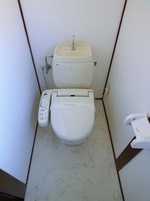 渡辺貸家 / 2号号室トイレ