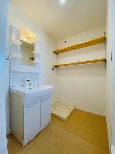 メゾーンハウス83 / 405号室洗面所