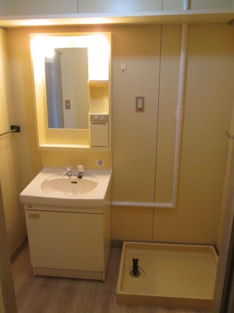 三丁目ビル / 202号室洗面所