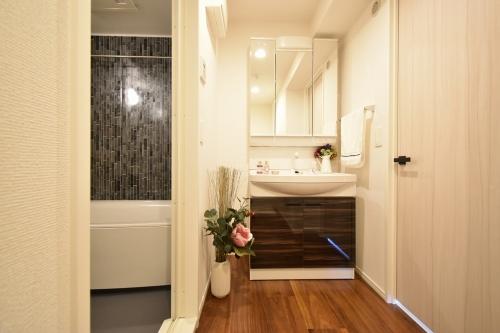 ラ・カリーナ / 405号室洗面所
