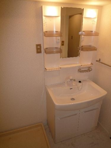 エクセレント36 / 605号室洗面所