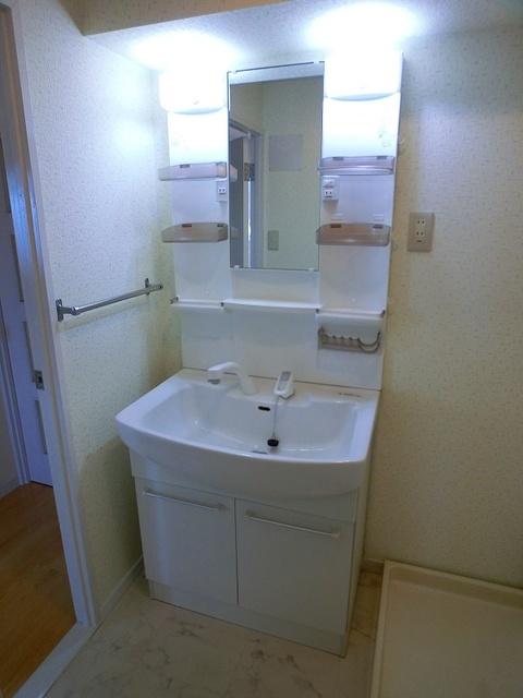 エクセレント36 / 606号室洗面所