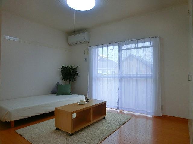 山本ビル / 201号室洋室