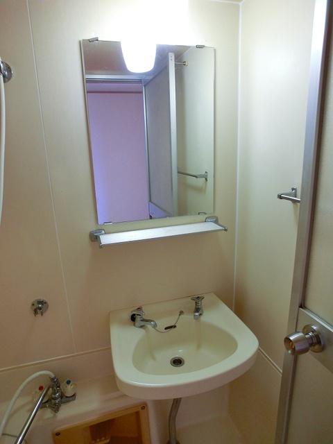 山本ビル / 206号室洗面所