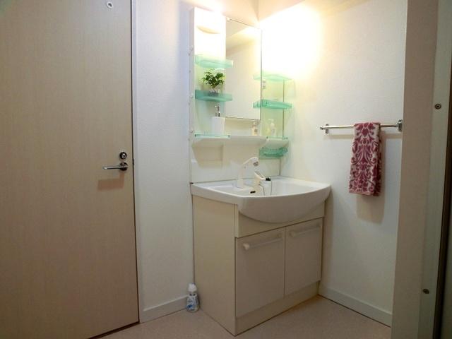 コーポウィステリア25 / 202号室洗面所
