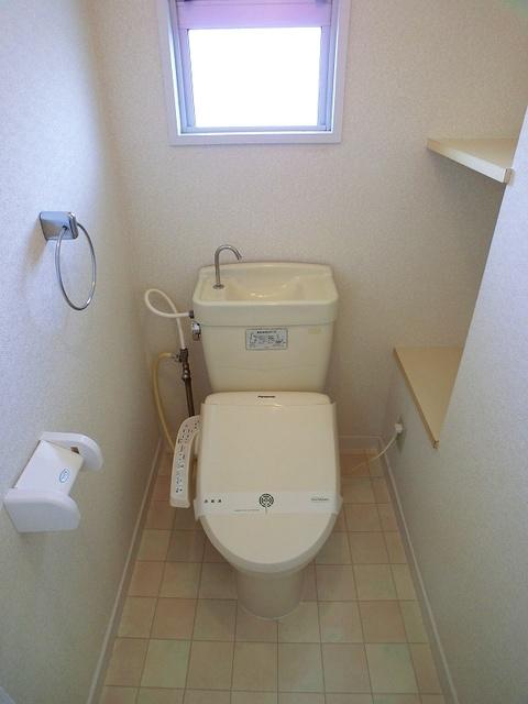 コーポウィステリア25 / 403号室トイレ