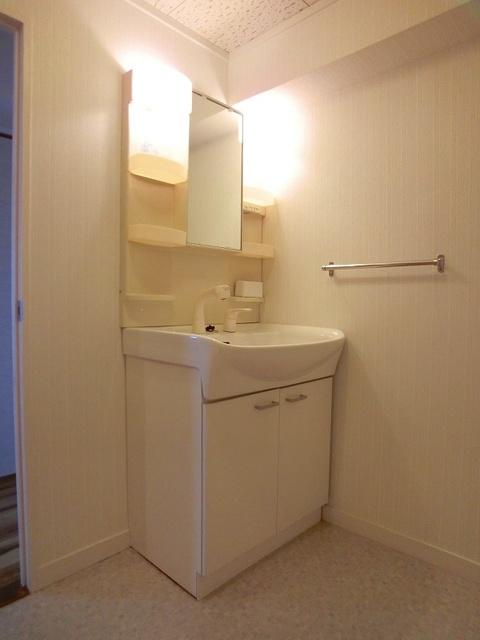 コーポウィステリア25 / 505号室洗面所