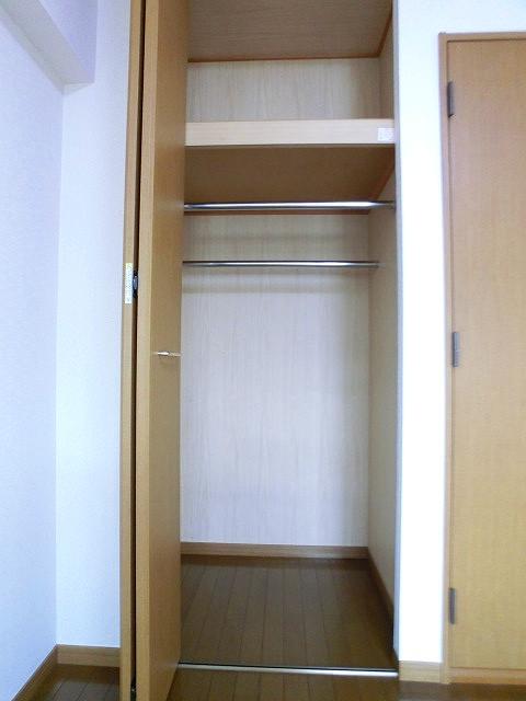シャトレTOKIE / 303号室収納