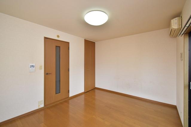 レグラス98 / 101号室収納