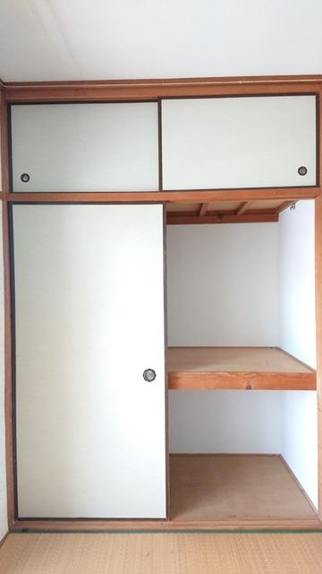 大賀レジデンス / 203号室玄関