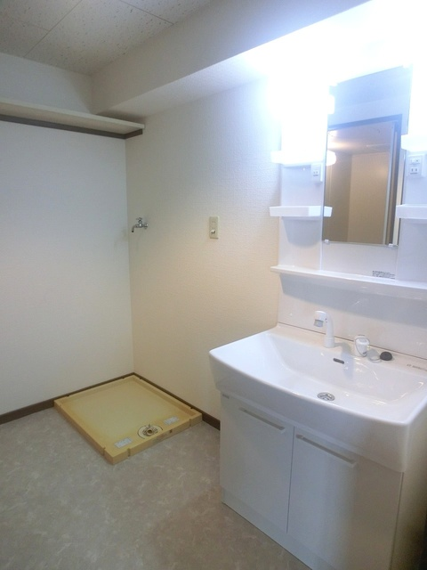 井尻第3ビル / 601号室洗面所