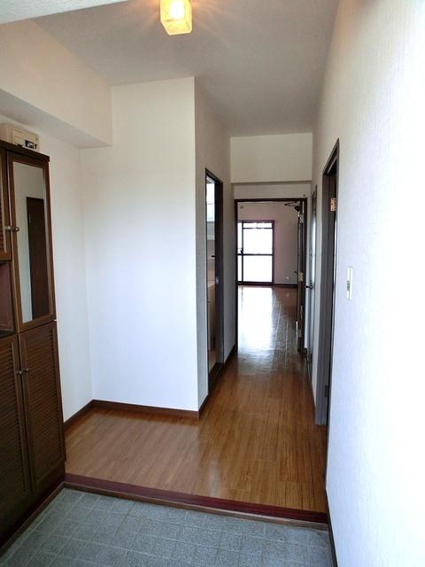 井尻第3ビル / 603号室玄関