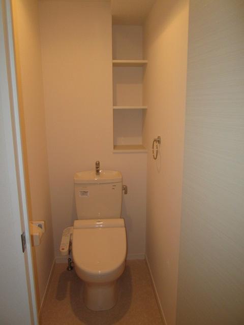 ルグラン博多駅南 / 803号室トイレ