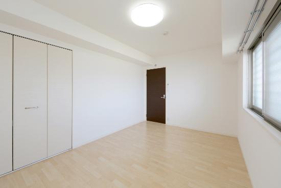 コンコルディア / 402号室