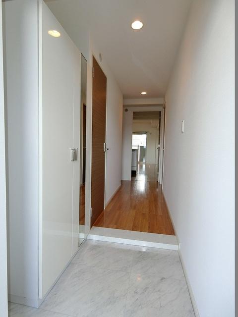 コンコルディア / 403号室玄関
