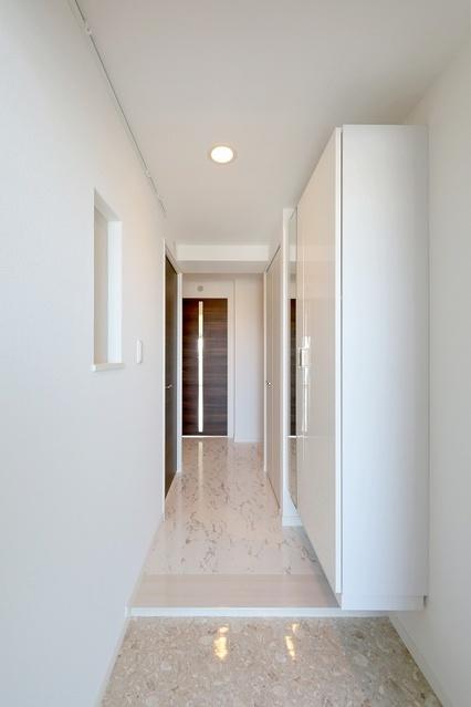 グランディア清水 / 801号室洗面所
