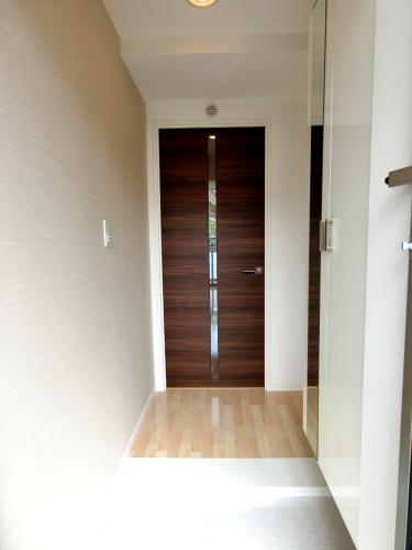 フィオーレ大橋 / 402号室玄関