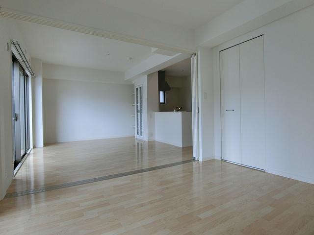ボヌール レーベン / 401号室その他部屋・スペース
