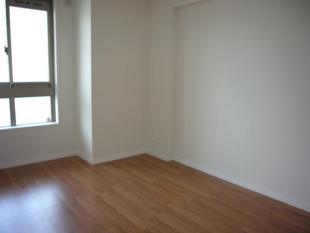 サントラップ / 202号室洋室