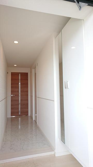サントラップ / 401号室玄関