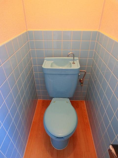 サンライズコーポ / 210号室トイレ