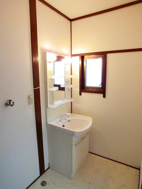 渡辺貸家 / 2号号室洗面所