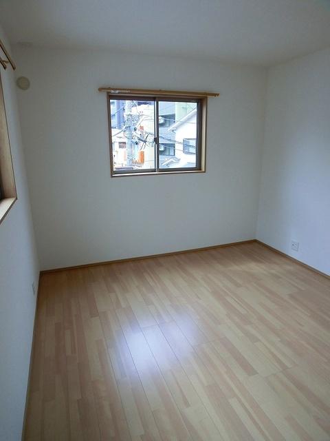 タウンハウス南福岡 / B戸建てその他部屋・スペース