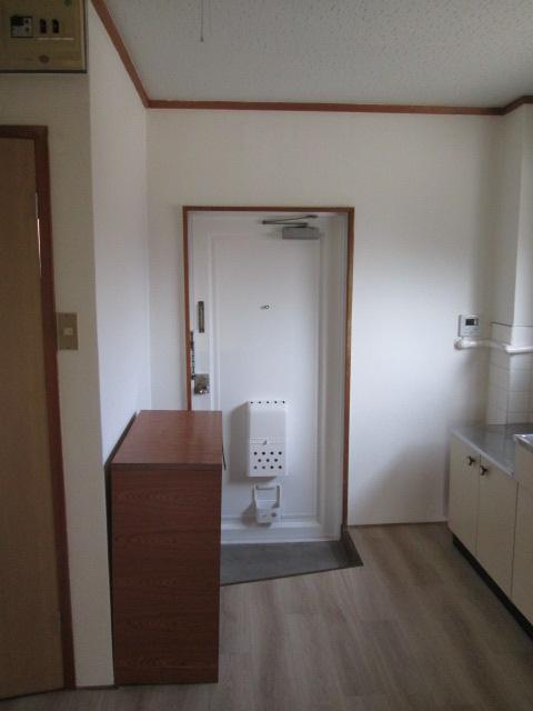 永松ビル / 201号室玄関