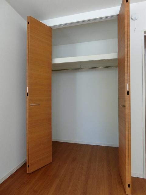 メゾングレイス / 102号室収納