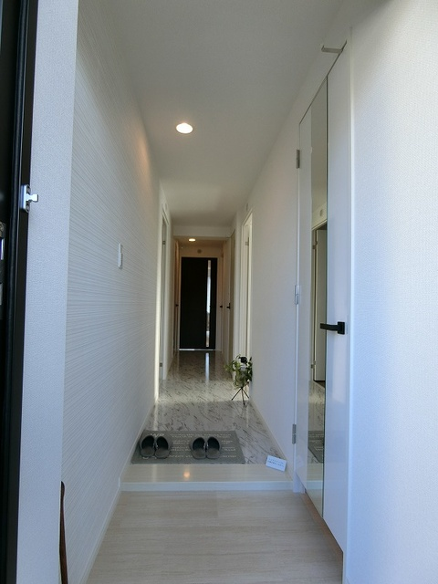クレアS / 101号室玄関