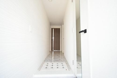ラ・カリーナ / 201号室玄関