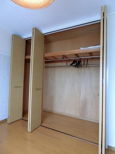 エクセレント36 / 303号室収納