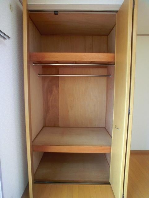 山本ビル / 206号室収納