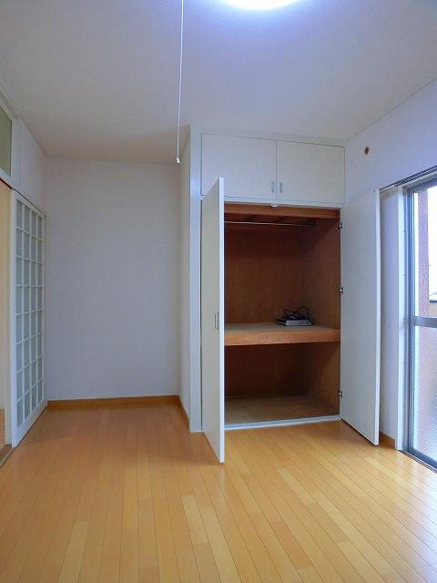 山本ビル / 302号室洋室