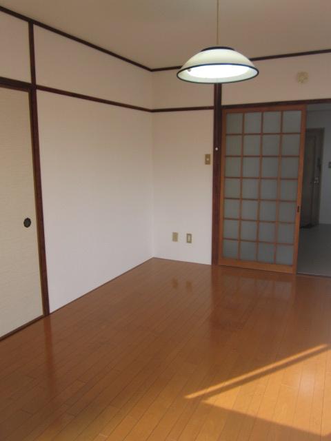 重松コーポ / 305号室