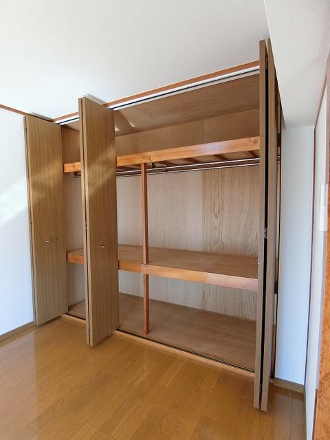 ロイヤルコーポ神田 / 102号室収納