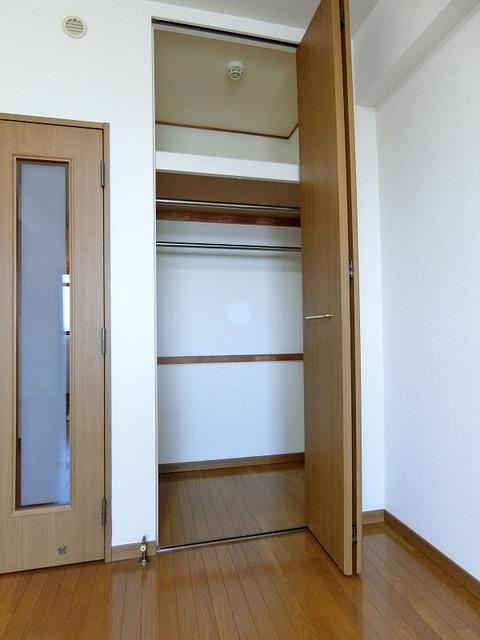 ジュネス井尻駅前 / 406号室収納