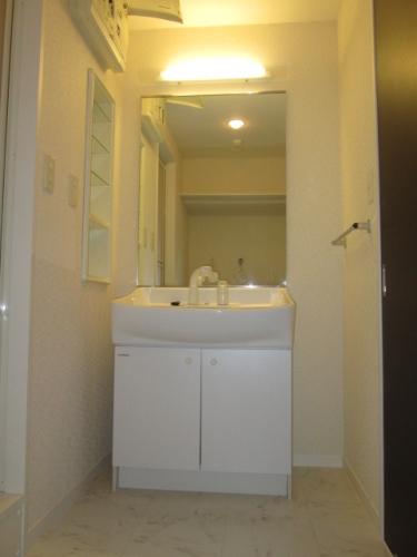 イーストパル博多Ⅱ / 502号室洗面所