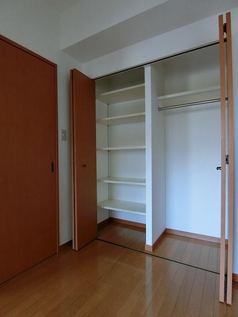 サンパティーク高宮 / 705号室収納