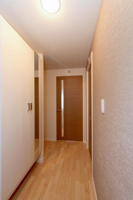 アステリオン / 401号室玄関