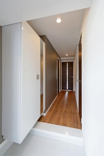 オリオン3 / 502号室玄関