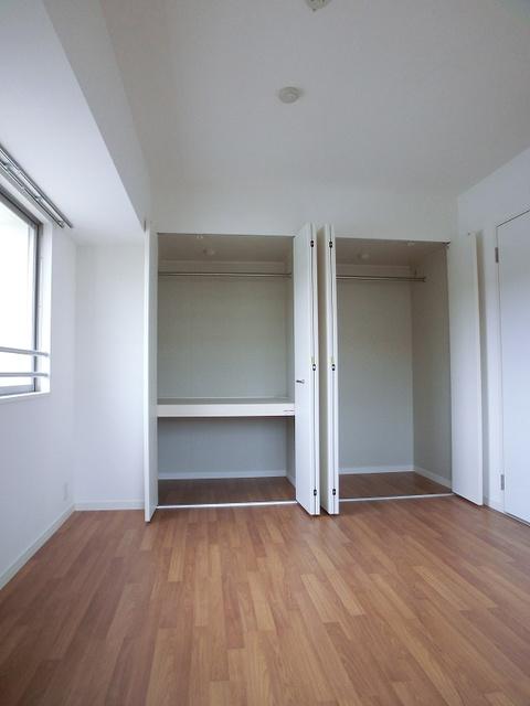 シャトーポルターダ博多南 / 301号室洋室