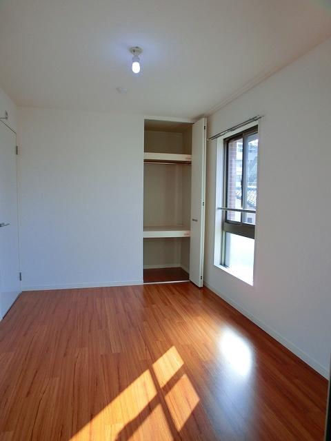 ココテラスK / 301号室洋室