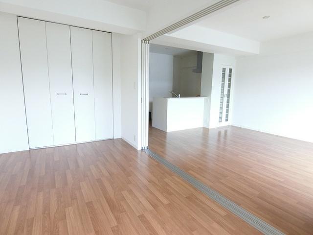 プレミールM / 202号室洋室
