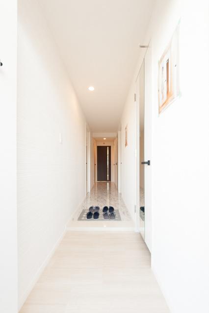 エミリーナ / 402号室玄関