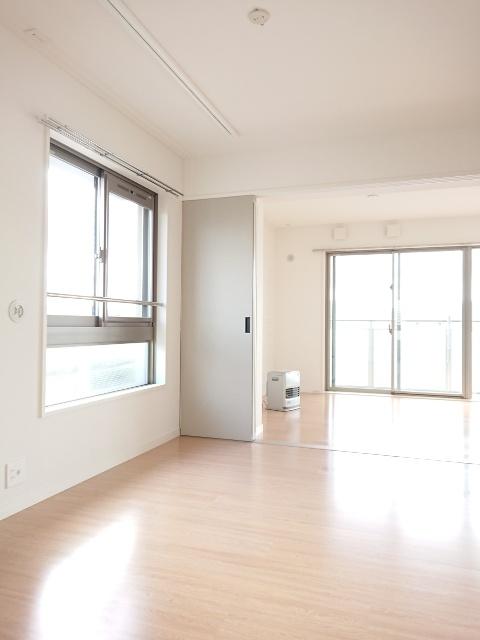 ラ・エクラン / 201号室その他部屋・スペース
