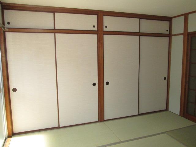 永松ビル / 201号室収納
