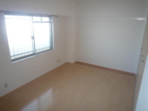 エクセレント36 / 503号室洋室