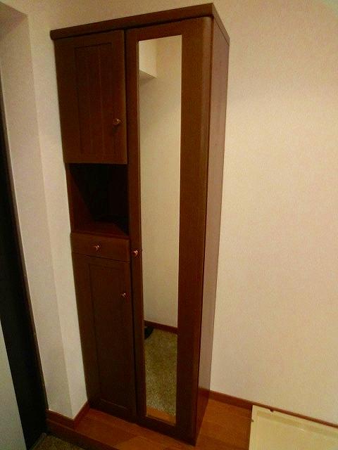 レグラス98 / 105号室玄関